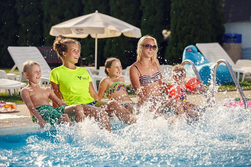 Letný pobyt na Slnečných jazerách s neobmedzeným vstupom do aquaparku a bohatým programom #3