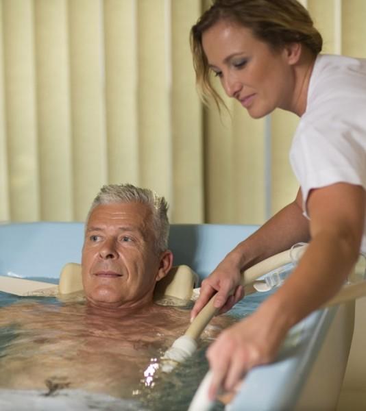 Gyógyüdülés a pöstyéni fürdőben #4