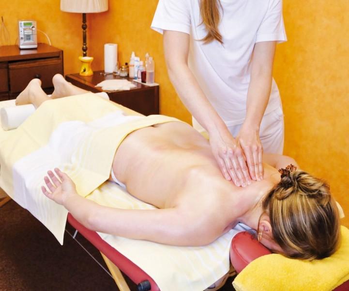 Kúpeľný víkendový pobyt (4 procedúry) s masážou #17