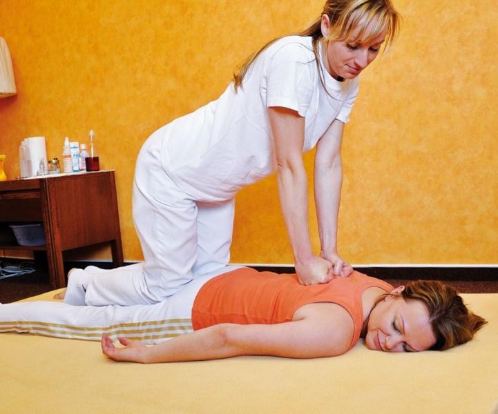 Kúpeľný víkendový pobyt (4 procedúry) s masážou #32
