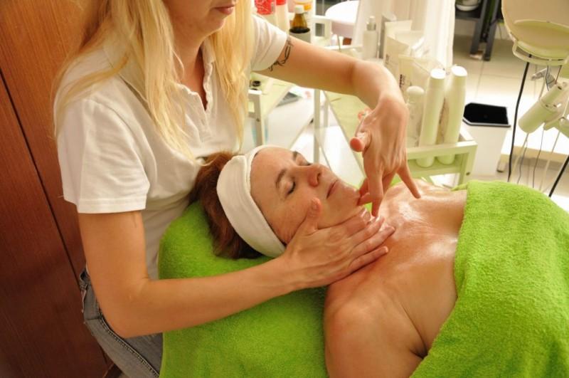 Kúpeľný víkendový pobyt (4 procedúry) s masážou #55
