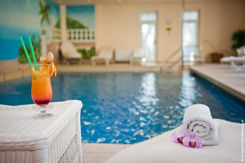 Relaxačný pobyt s masážou, neobmedzeným bazénom a saunou #4