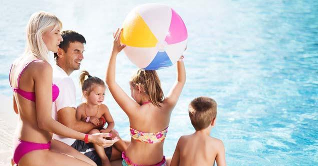 Letná rodinná dovolenka s celodenným vstupom do Aqualandu (dieťa do 6 rokov zdarma) #1