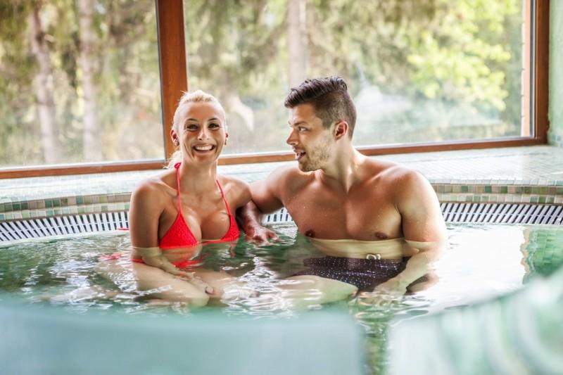 Romantický wellness pobyt pre dvoch s masážou #1