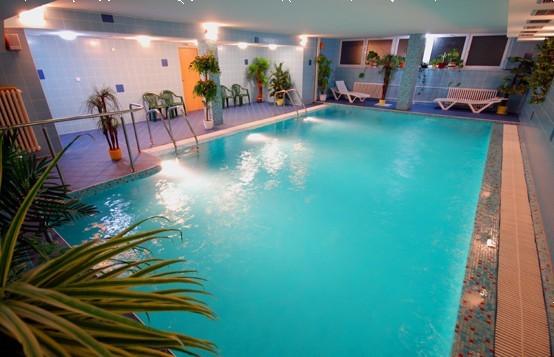 Víkendový pobyt v Nízkych Tatrách s bazénom a procedúrami #1