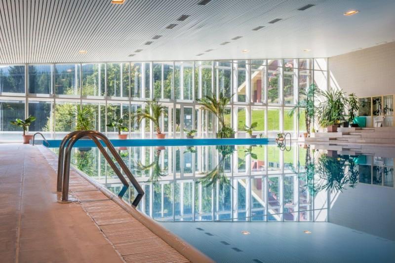 Zimný pobyt v Nízkych Tatrách s polpenziou a vstupom do termálneho bazénu #1